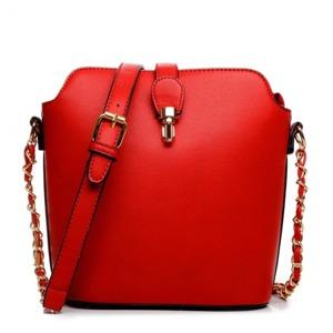 kabelka-merry-cervena.jpg
