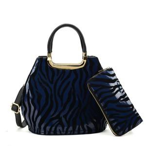 kabelka-penezenka-zebra-modra.jpg