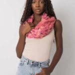Špinavě růžový šátek s barevným hráškem