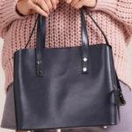 Šedá elegantní kožená kabelka
