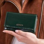 Zelená dámská kožená peněženka