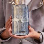 Dámská modrá kožená peněženka
