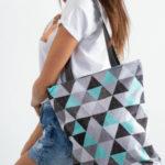 Taška s geometrickým vzorem