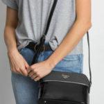 Černá taška na zip