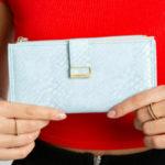 Světle modrá kožená peněženka