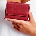 Burgundská dámská peněženka s kapsou na zip