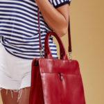 Dámská vínová kožená taška v městském stylu