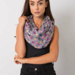 Šedý šátek s barevným hráškem