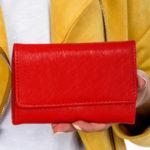 Červená dámská peněženka z ekologické kůže