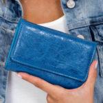 Modrá dámská peněženka z ekologické kůže