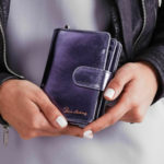 Dámská metalická modrá kožená peněženka