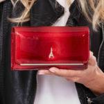 Lakovaná červená peněženka z přírodní kůže 74110 – FPrice