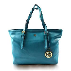 modra-kabelka-na-rameno-cristina.jpg