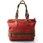 červená kabelka na rameno levis two