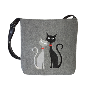 filcove-crossbody-black-white-cats-in-love.png