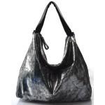 moderní lesklá stříbrná kabelka na rameno erin